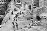 Jerusalem: Schüler auf dem Weg zum Unterricht