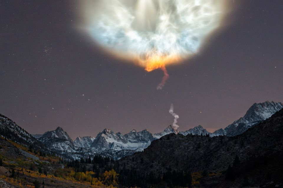SpaceX-Raketenabgasfahne, Sierra Nevada, Kalifornien, USA
