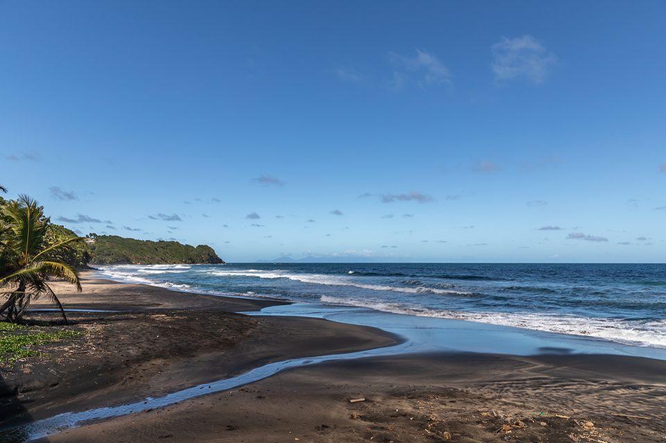 Martinique, Schwarzer Strand