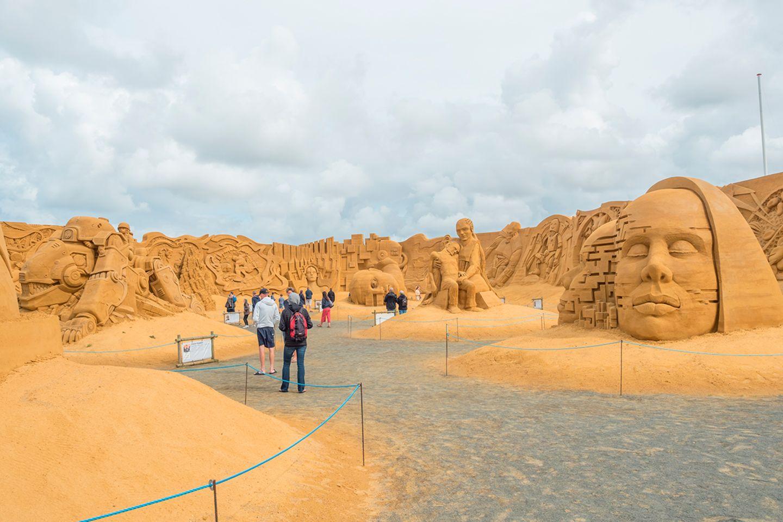 Nordseekunst: Sandskulpturen-Festival in Søndervig