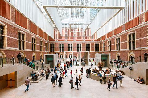 Coronakrise: Museen wie das Rijksmuseum in Amsterdam haben aufgrund des Coronavirus momentan geschlossen, lassen sich aber virtuell erkunden