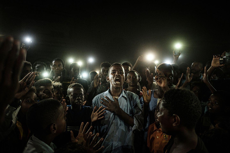 World Press Photo verliehen: Der sudanesische Diktator Omar al-Bashir ist zurückgetreten. Die jungen Demonstranten fordern nun mehr Mitbestimmung.