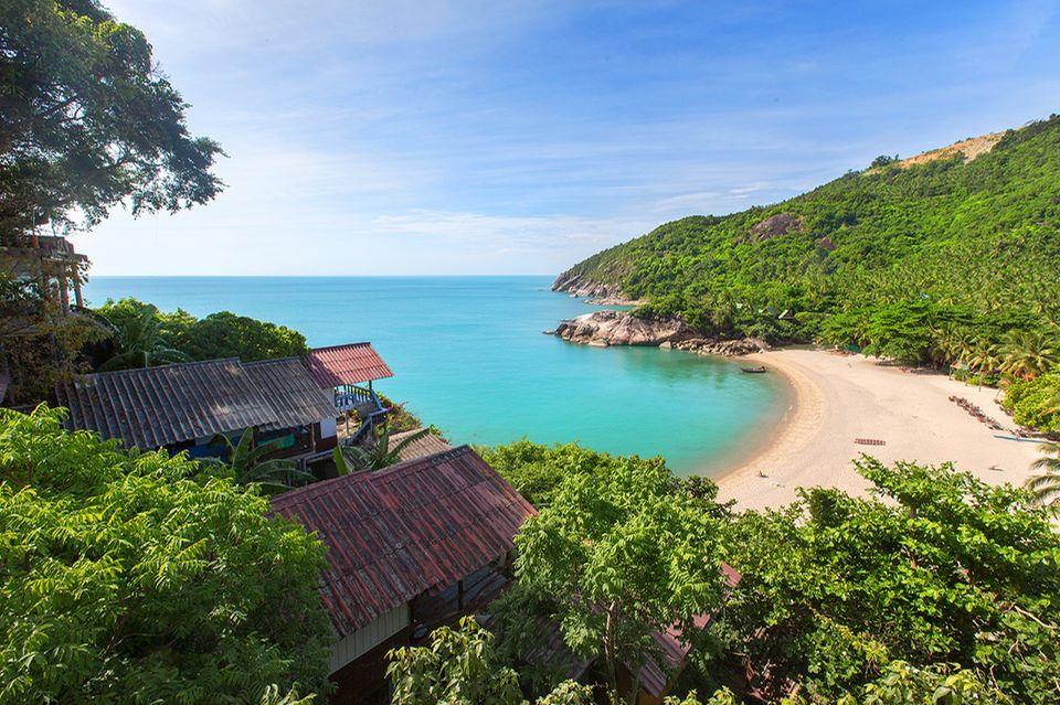 Wer etwas abseits der Pfade unterwegs ist, findet auf Koh Phangan menschenleere Traumbuchten, wie den Strand Than Sadet