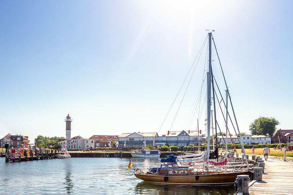 Ostsee: Die Hafeneinfahrt von Timmendorf auf der Insel Poel