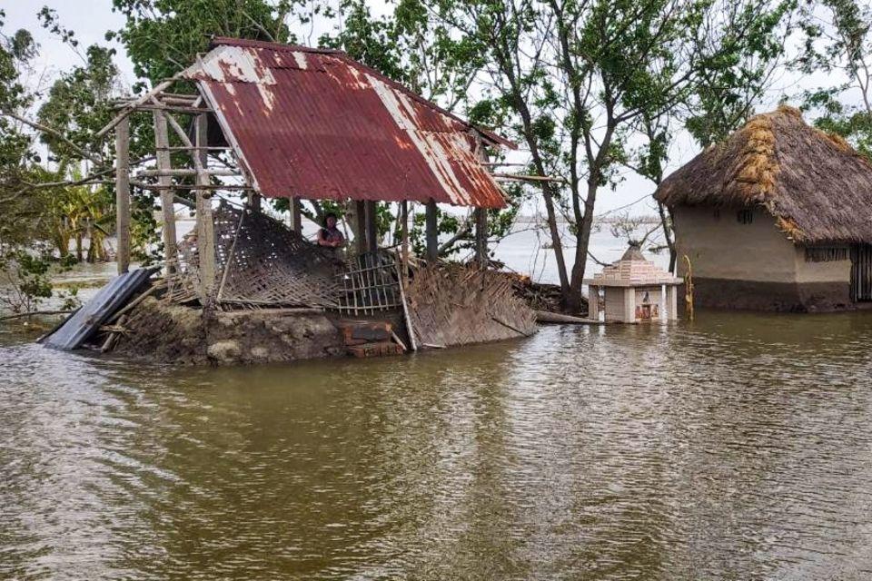 """Indien - Westbengalen: Helfen Sie den Opfern des Zyklons """"Amphan""""!"""