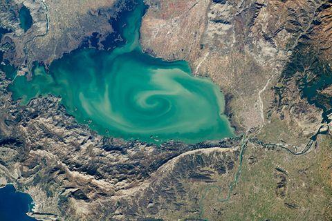 Der Skutarisee zwischen Albanien und Montenegro aus Sicht der Internationalen Raumstation ISS
