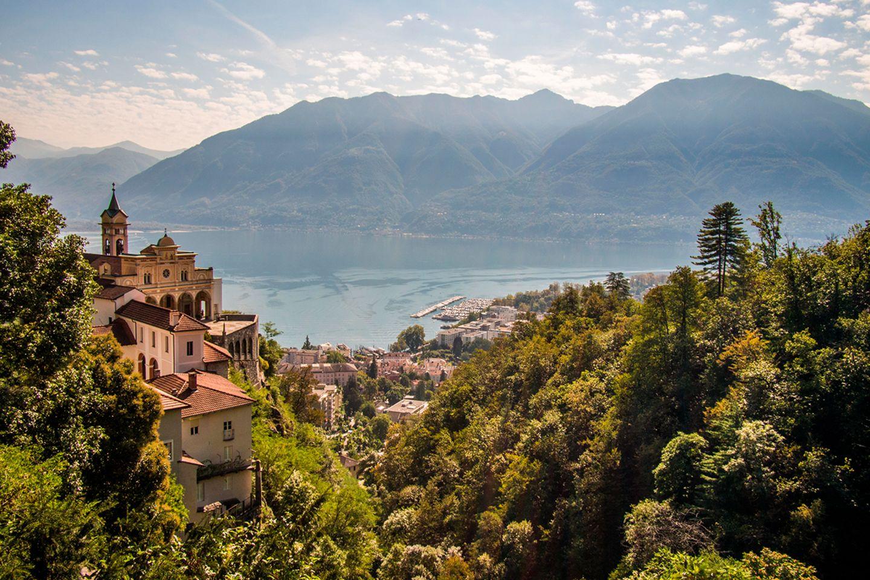 Orselina: Allein für die Aussicht über Locarno und den Lago Maggiore lohnt sich ein Besuch in Orselina
