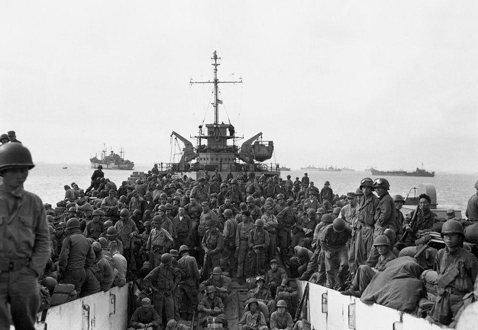 70 Jahre Kriegsanfang: Rund 400 000 UN-Soldaten landen insgesamt in Korea, darunter Verbände aus Großbritannien, Frankreich, Äthiopien und Kolumbien. Etwa 90 Prozent dieser Truppen aber stellen die USA