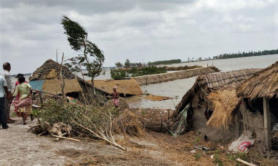 Indien - Westbengalen: Land unter - die Menschen im Projektgebiet benötigen dringend unsere Hilfe