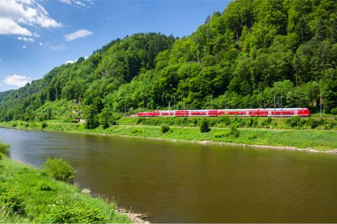 Bahn an der Elbe