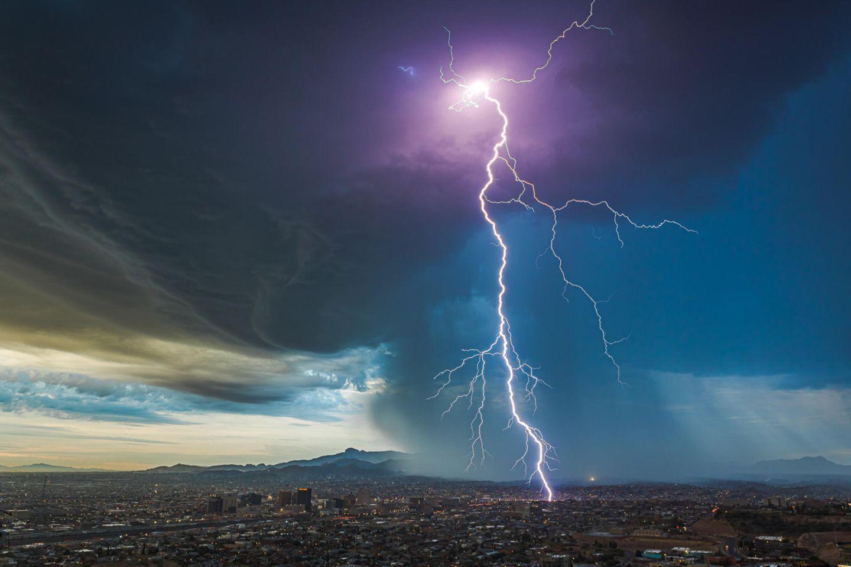 Gewitterzelle über El Paso