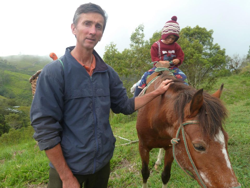 Ecuador: Der Projektleiter Ned Cresswell und sein Sohn