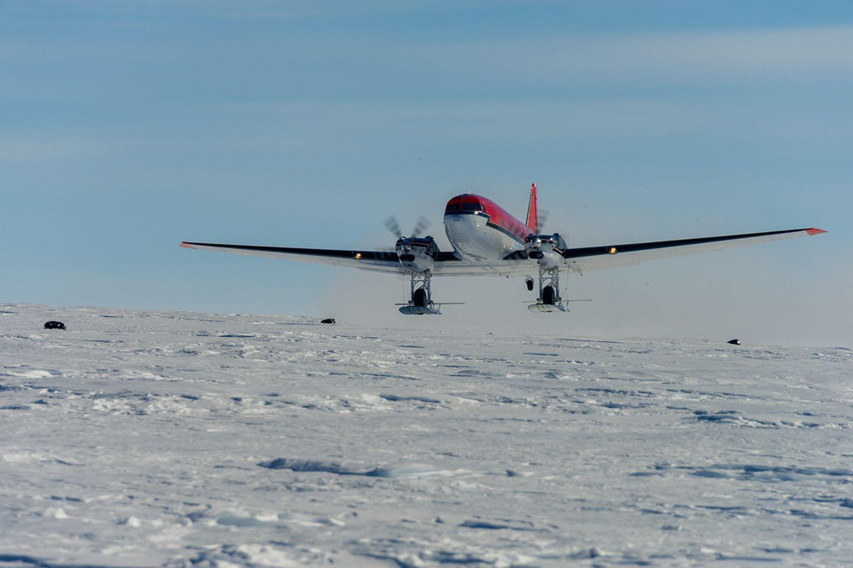 """Meteoriten: Alexander Gerst unterwegs mit den """"Hells Angels der Antarktis"""" - Bild 7"""