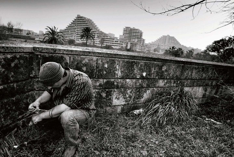Süchtiger 2008 in Neapels Problemviertel Scampia