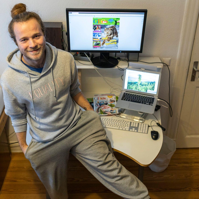 GEOlino-Redakteur Tobi in Jogginghose