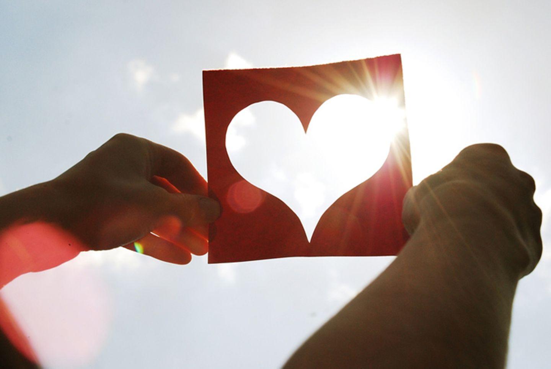 Schreibwettbewerb: Erste Liebe