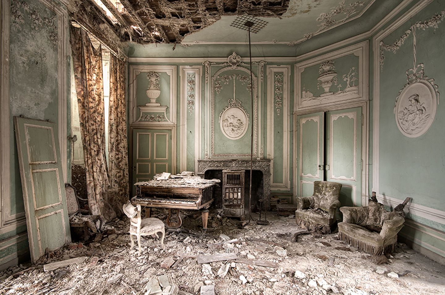 Tunes of Decay