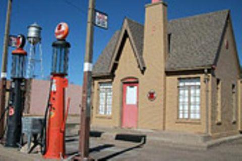 Puzzle: Tankstelle im Wilden Westen