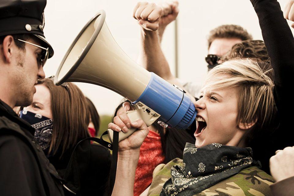 """Schreibwettbewerb: Schreibwettbewerb: """"Speak up!"""""""