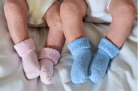 Studie: Die Zahl der Zwillingsgeburten ist um ein Drittel gestiegen, von gut 9 auf 12 je 1000 Geburten