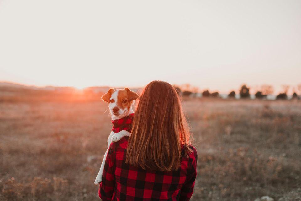 Frauchen und Hund