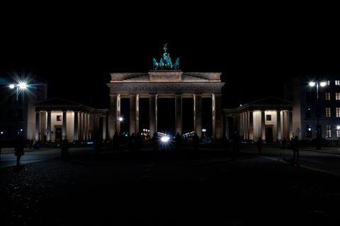 Am Samstagabend sollen auf der ganzen Welt die Lichter ausgehen - auch die des Brandenburger Tors