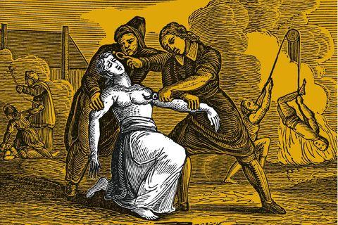 Die Folter darf in Hexenprozessen länger dauern und schwerer sein als bei gewöhnlichen Verfahren, weil Schwarze Magie als besonders abscheuliches Verbrechen gilt. Doch immer mehr Kirchenmänner bezweifeln, dass die Qual und der Tod so vieler Beschuldigter wirklich in Gottes Sinne sein kann