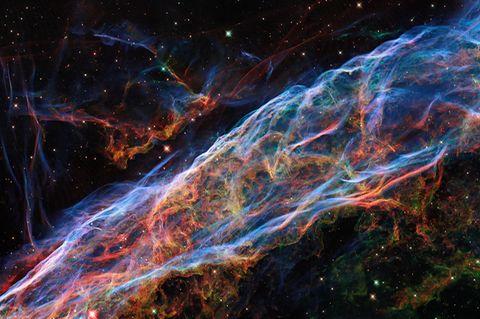 Das Bild zeigt einen kleinen Ausschnitt des Cirrusnebels im Sternbild Schwan