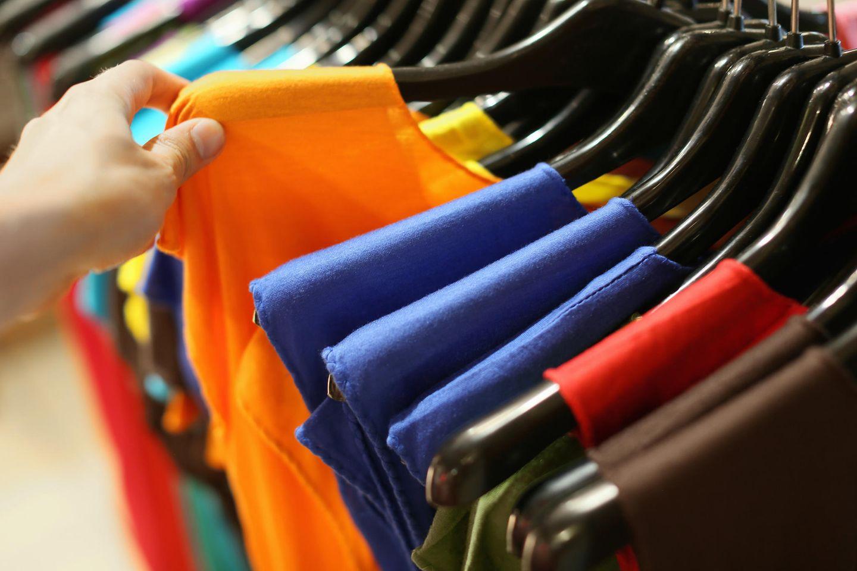 T-Shirts im Laden