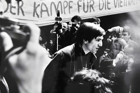 Rudi Dutschke beim Internationale Vietnamkongress 1968