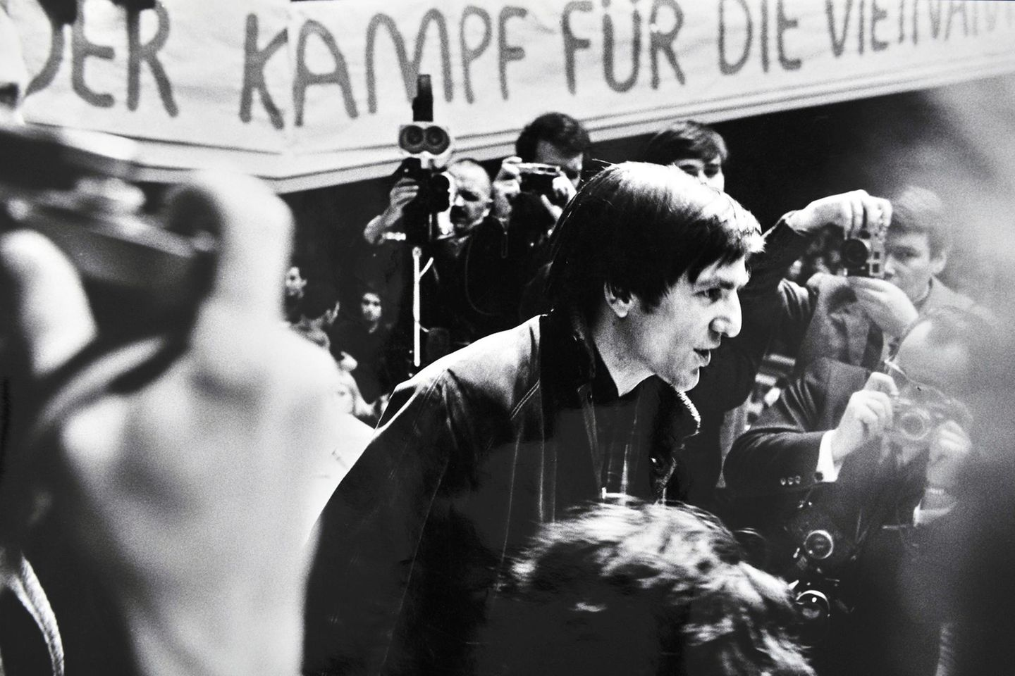 Rudi Dutschke beim Internationale Vietnamkongress 1968