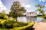 Schloss Glücksburg im Sommer