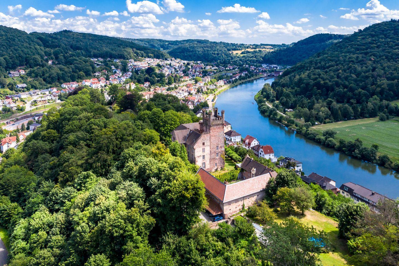 Neckarsteinach im Neckartal