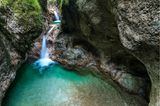 Wasserfall in der Almbachklamm, Bayern