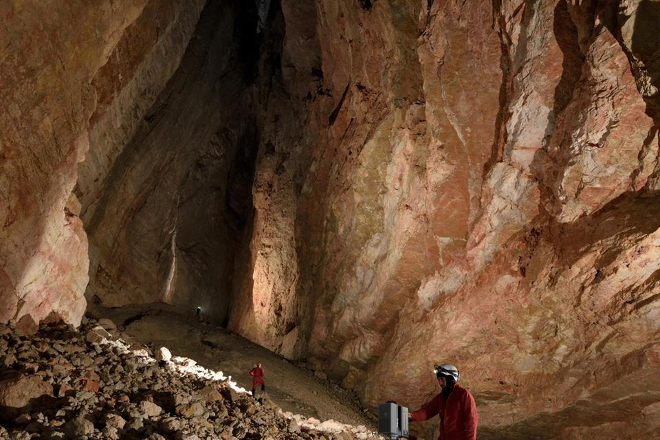 After negotiating a deep pit and passing through a giant ice cork in the entrance series of El Cenote (cave) in the Italian Dolomites, we descended into a large cathedral-shaped chamber at the bottom. We set to work building up a 3D laser scan of the sp...