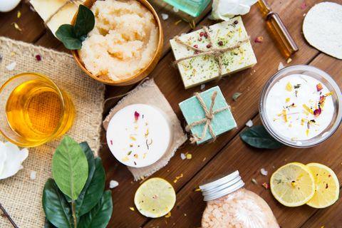 Selbst gemachte Seife und andere Naturkosmetik-Produkte
