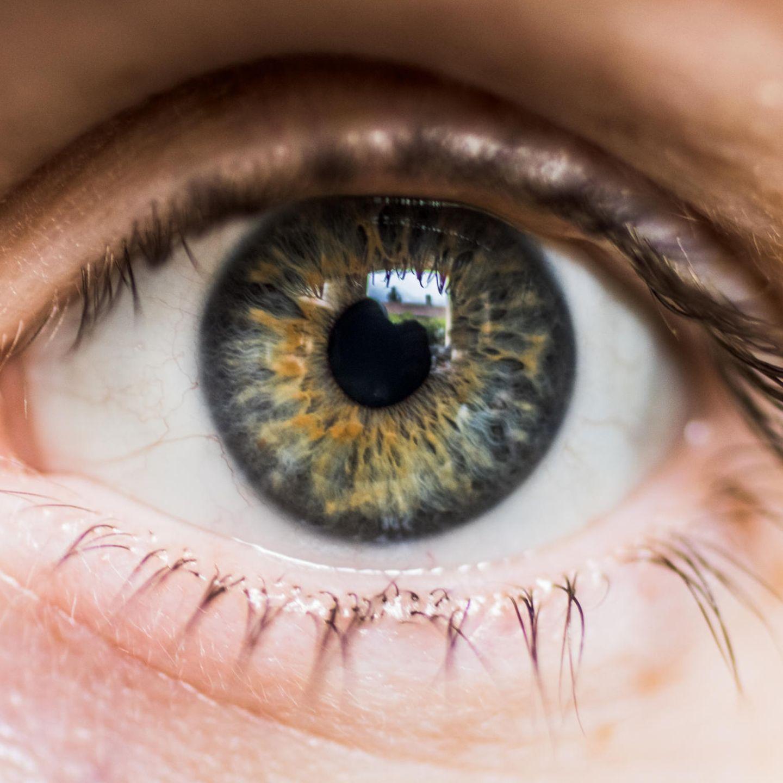 Auge aussehen blindes Blinde Kontaktlinsen