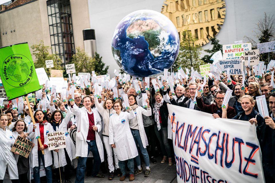"""Eckart von Hirschhausen bei """"Health for Future"""""""