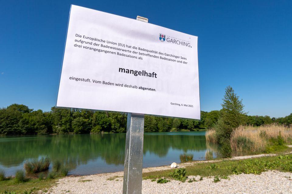 """Der Garchinger See in Bayern gehört zu den elf Seen, die mit """"mangelhaft"""" bewertet wurden"""