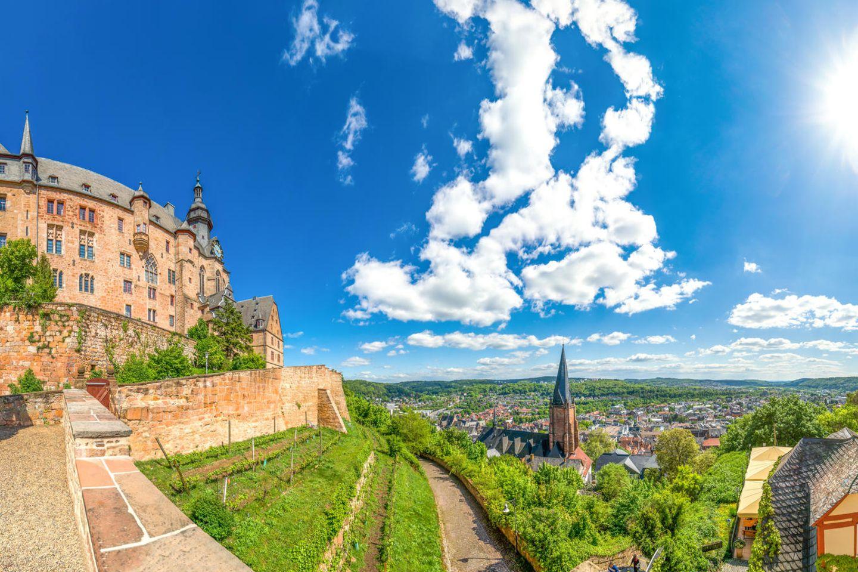 Blick vom Schloss auf Marburg