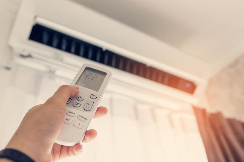 Klimagerät an der Wand