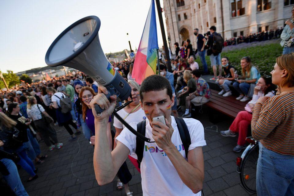 Wütender Protest: Im Juni 2021 demonstrieren in Budapest LGBTQ-Aktivisten gegen ein homophobes Gesetz