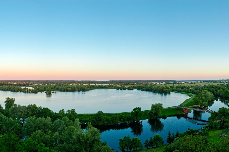 Der Nationalpark Unteres Odertal liegt im Nordosten Brandenburgs am Unterlauf der Oder. Er wurde 1995 gegründet. Die intakte Polderlandschaft ist das Besondere des Nationalparks, einzigartig in Deutschland