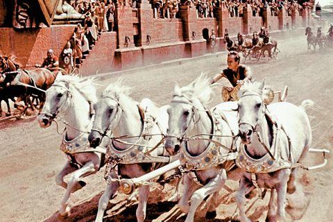 """Legendäre Filmszene: Der Epos """"Ben Hur"""" mit Charlton Heston von 1959 zeigt ein spektakuläres Wagenrennen im Circus Maximus. Der Klassiker gehört zu den aufwendigsten Filmen seiner Zeit"""