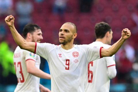 Martin Braithwaite von Dänemark freut sich bei der EM 2021 über sein Tor zum 4:0 gegen Wales