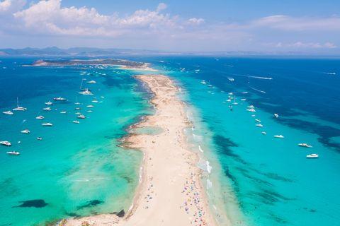 Die Balearen-Insel hat auf kleiner Fläche viel zu bieten. Verklären muss man die Beschaulichkeit aber nicht.