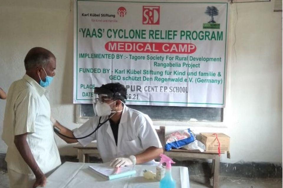 Das medizinische Camp in Dayapur