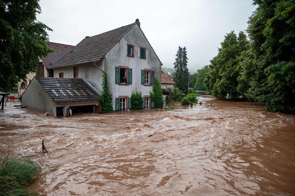 Unwetterchaos in Deutschland : Wie globale Winde unser Wetter bestimmen