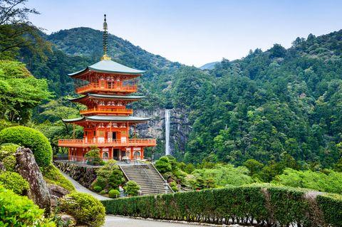 Der Nachi-Wasserfall im Yoshino-Kumano-Nationalpark