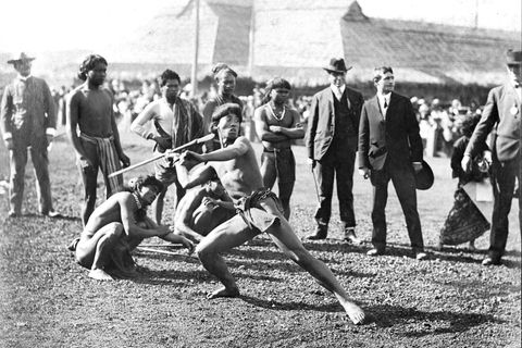 """Rassismus & Olympia: Amerikanische Ureinwohner gegen Filipinos und Syrer: Olympische Spiele für """"Wilde"""""""